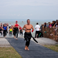 First out of the water ! ...nein, ned wirklich...